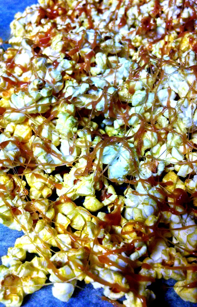 caramel popcorn from relish the feast
