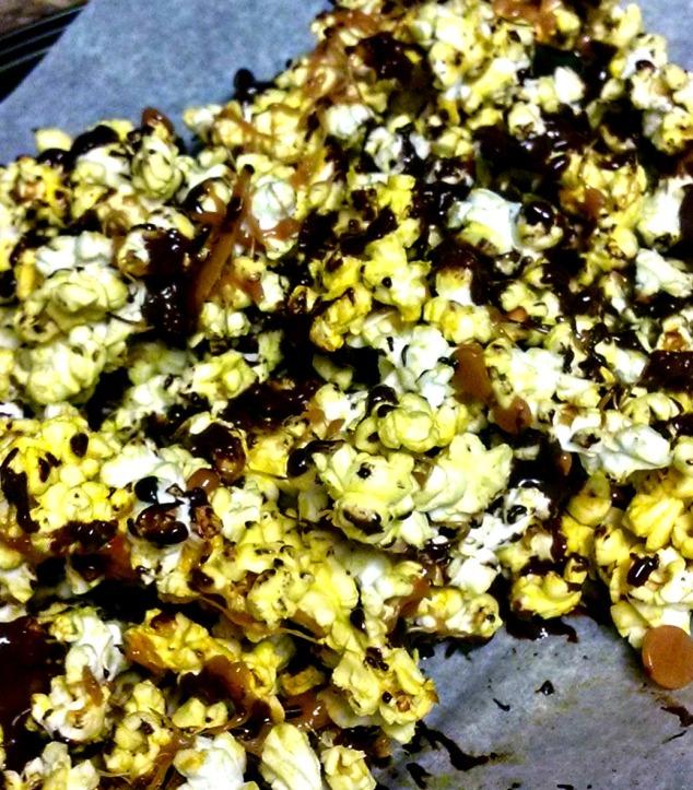 Choc Caramel Popcorn from Relish the Feast