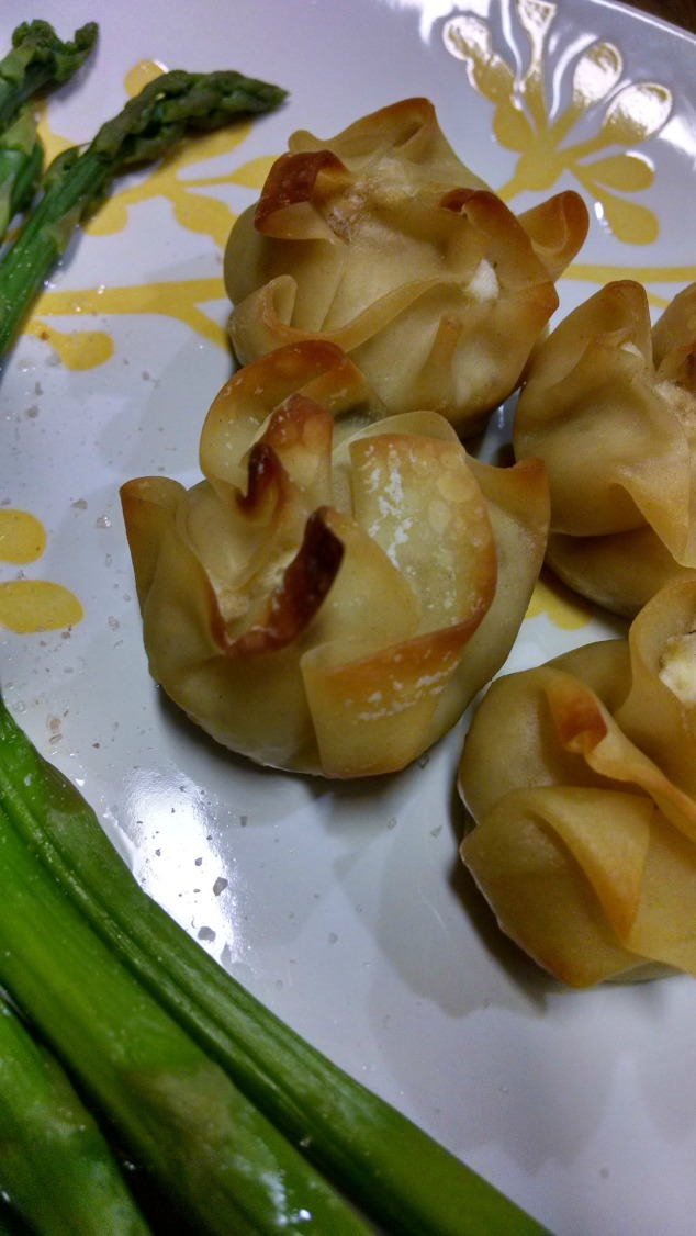 Salmon Cream Cheese Wontons from Relish the Feast